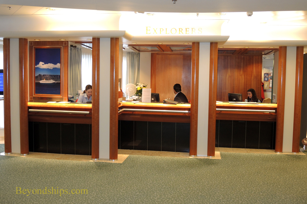Cruise ship Oriana, shore excursions office