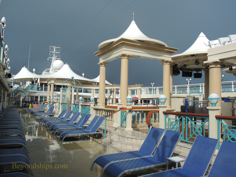 Norwegian Spirit, cruise ship, pools and sports facilities