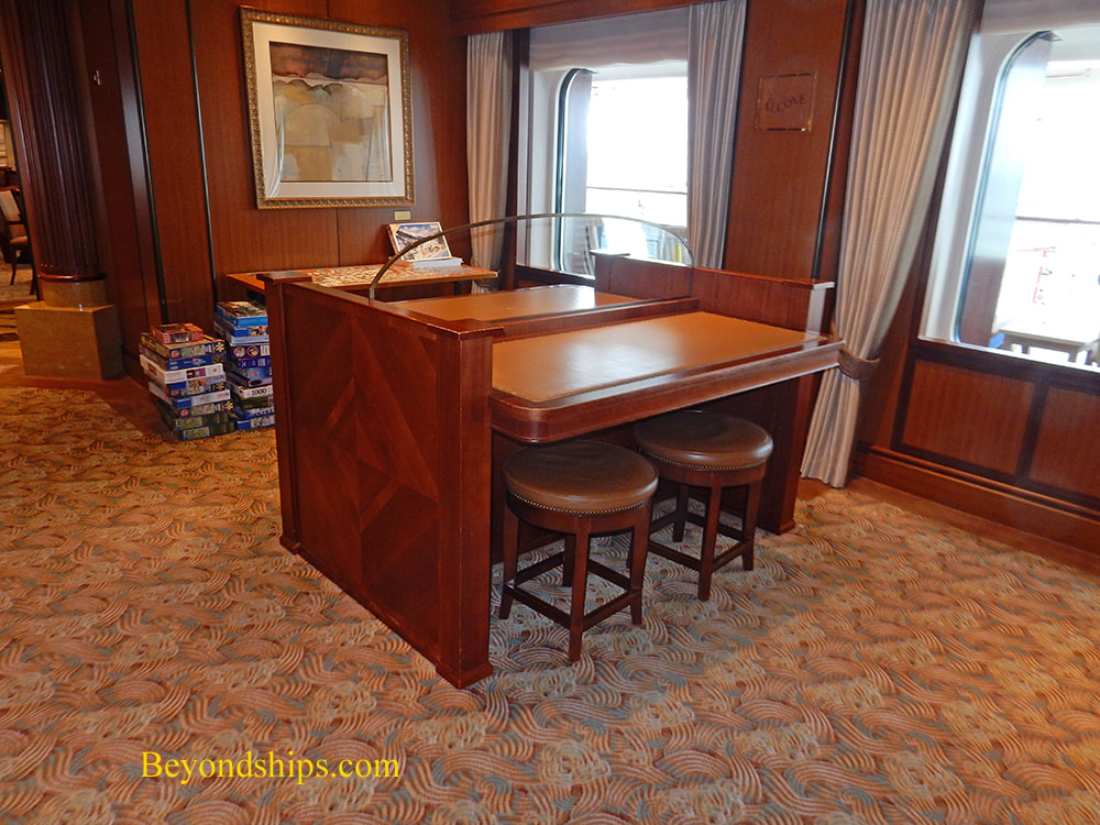 The Alcove, cruise ship Queen Elizabeth