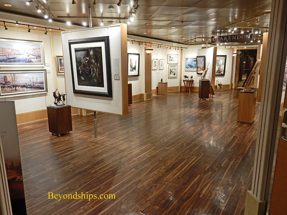 Art gallery, cruise ship Queen Elizabeth