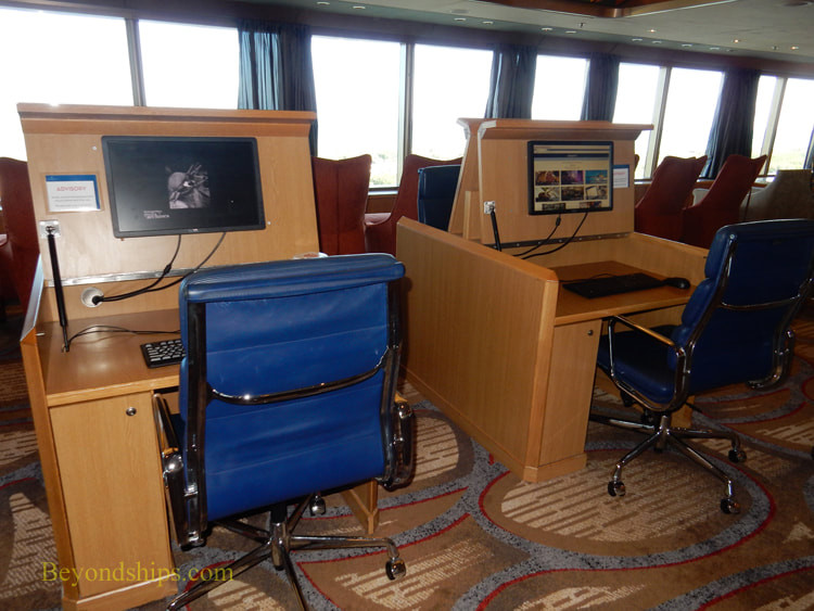Oosterdam cruise ship, internet cafe