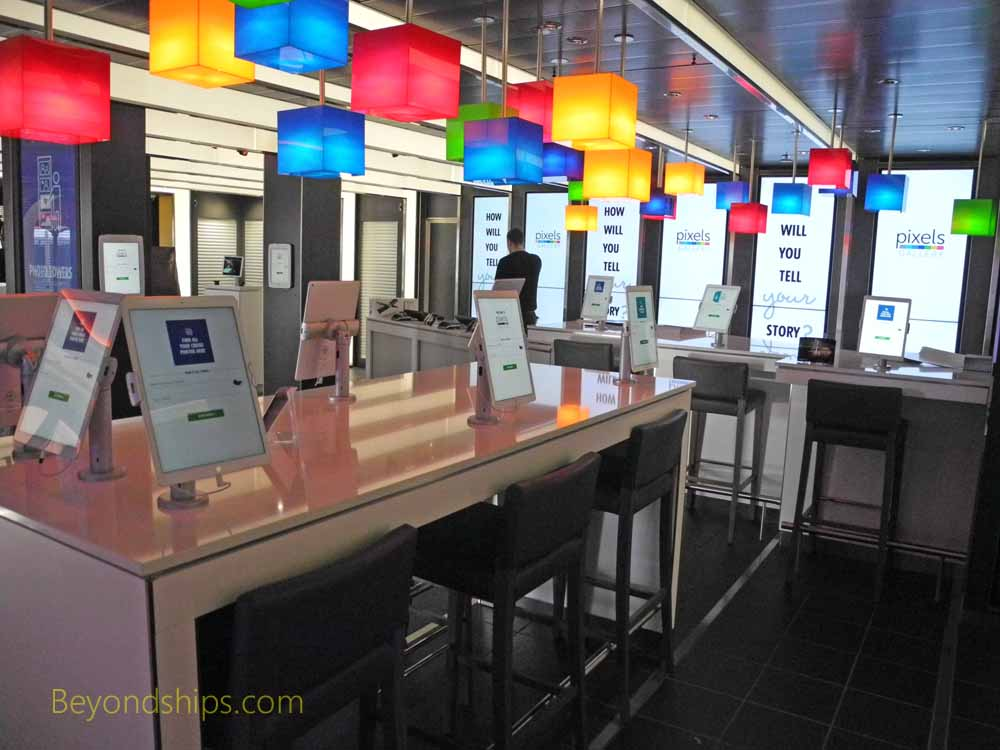 Photo gallery, Carnival Vista, cruise ship