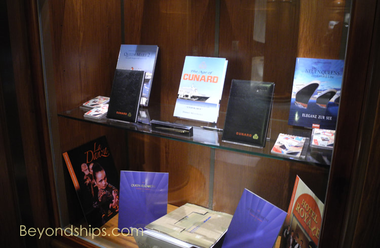 Book shop, cruise ship Queen Elizabeth