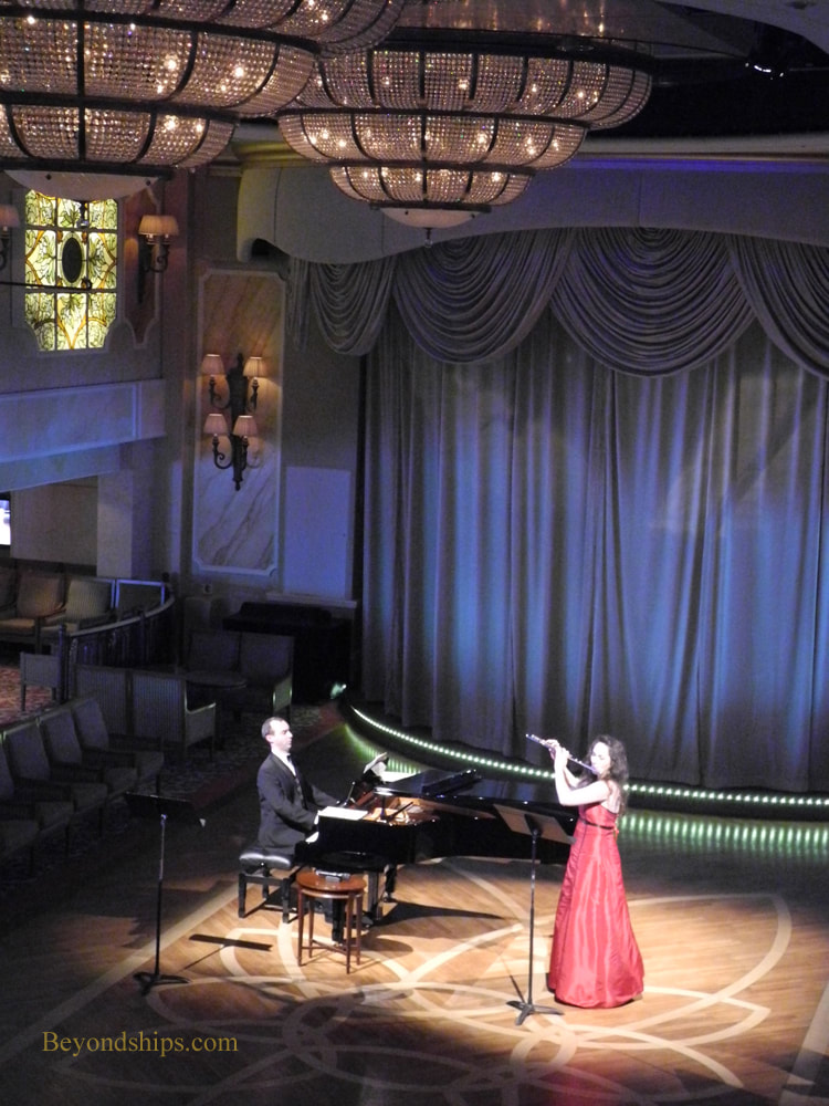 Duo Lumiere performing in Cruise ship Queen Victoria Queens Room