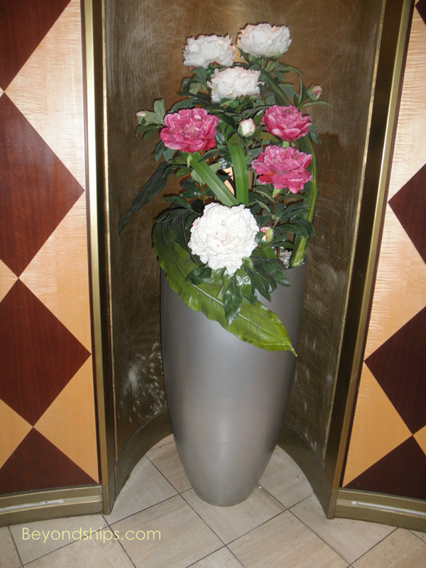 Cruise ship Celebrity Constellation flowers