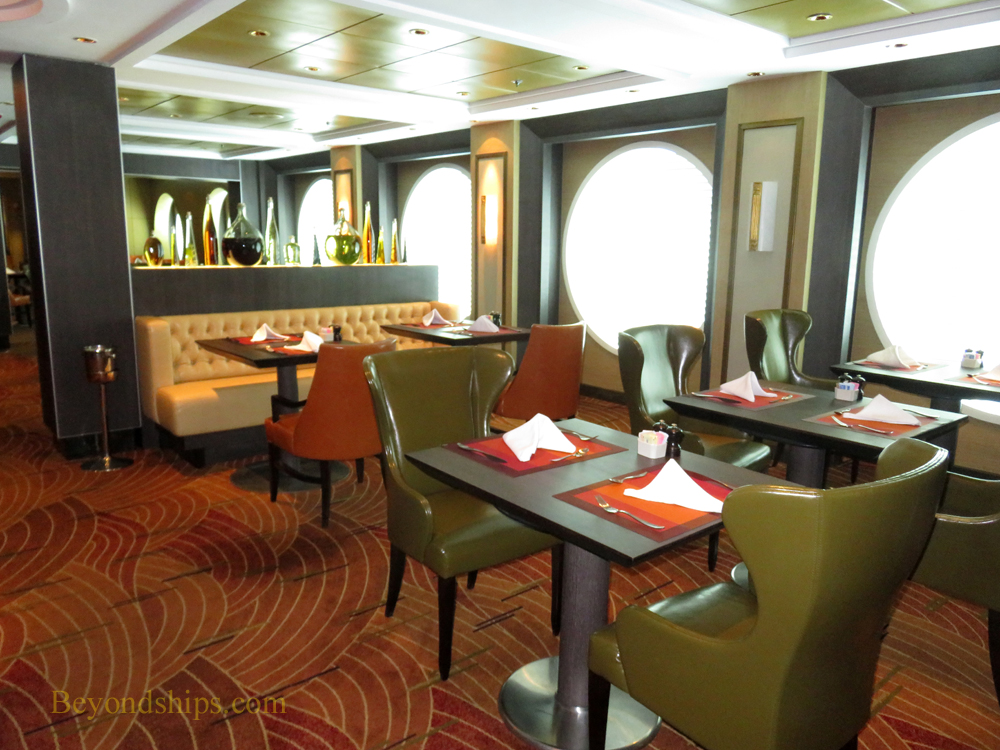 Celebrity cruises summit dining