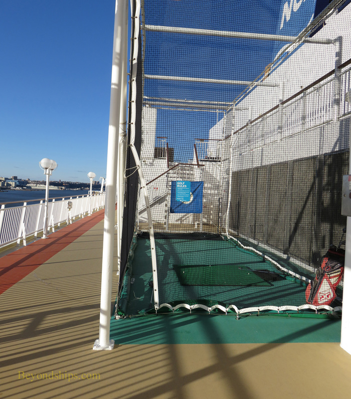 Norwegian Gem cruise ship, golf net