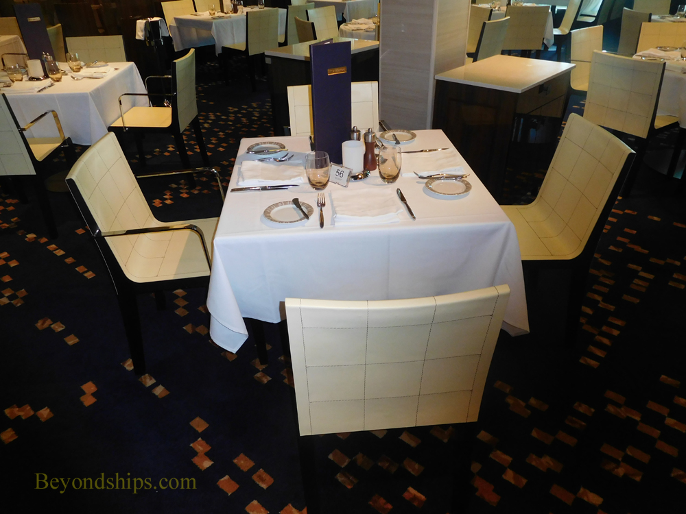 cruise ship Norwegian Escape, main dining rooms