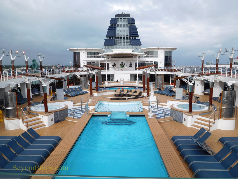 Cruise ship Celebrity Constellation pools