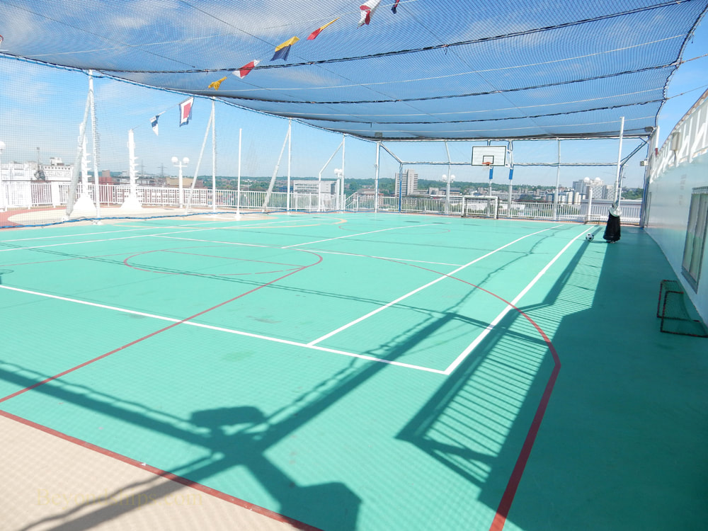 Cruise ship Norwegian Jade, sports facilities