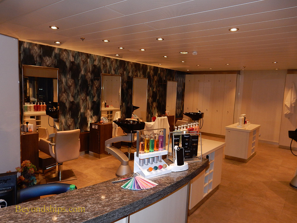 Symphony of the Seas salon