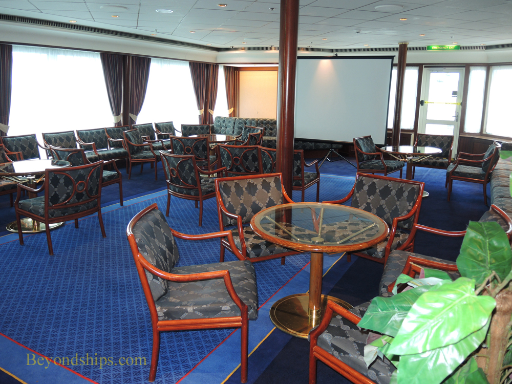 Oriana cruise ship, Medina room
