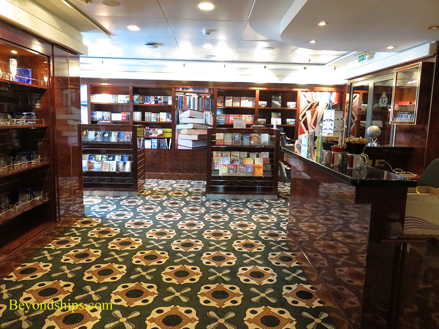 Queen Mary 2, bookshop