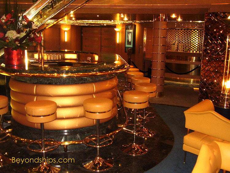 Cruise shipNoordam bars and lounges