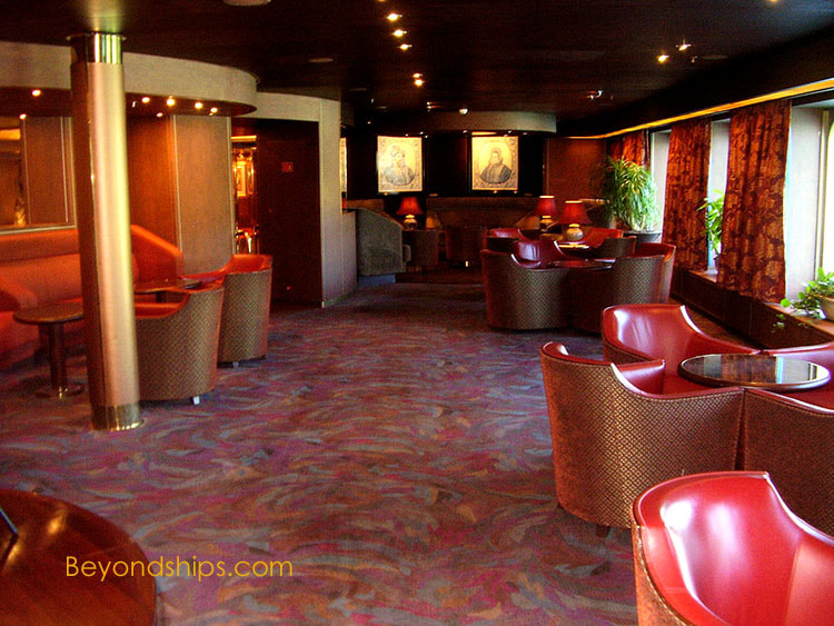 Cruise ship Noordam bars and lounges