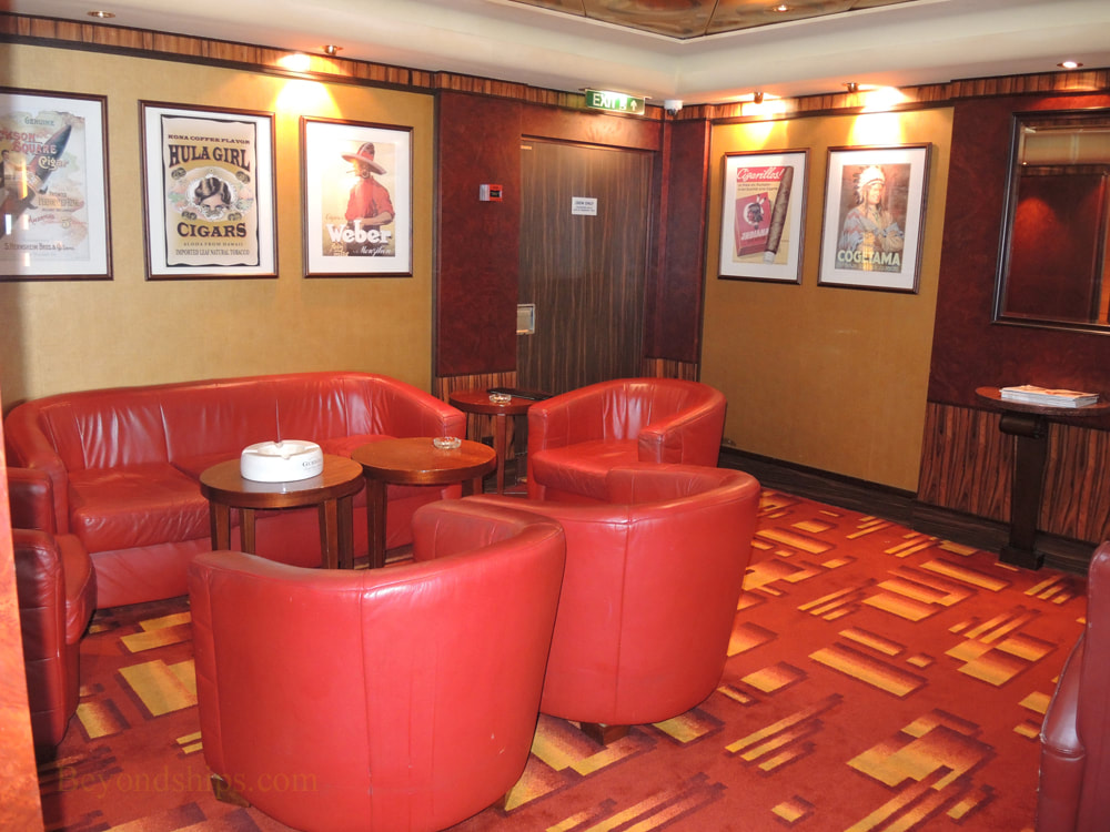 Cruise ship Norwegian Jade, bars and lounges, Cornoa Cigar Bar