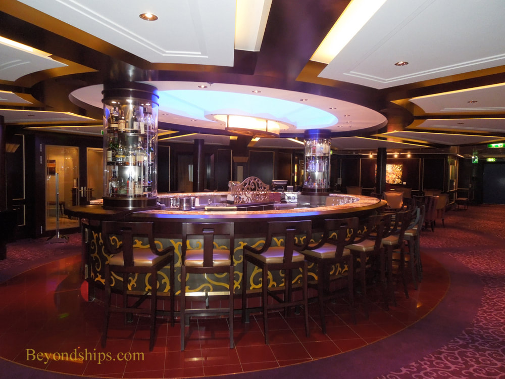 Cruise ship Celebrity Reflection bars and lounges
