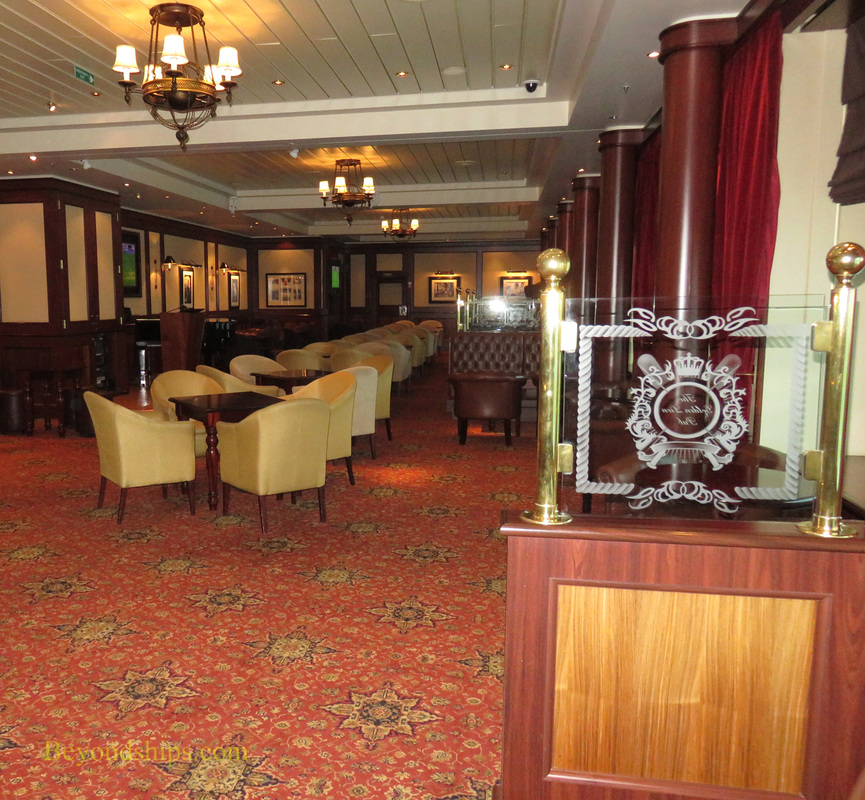 Queen Mary 2, Golden Lion Pub