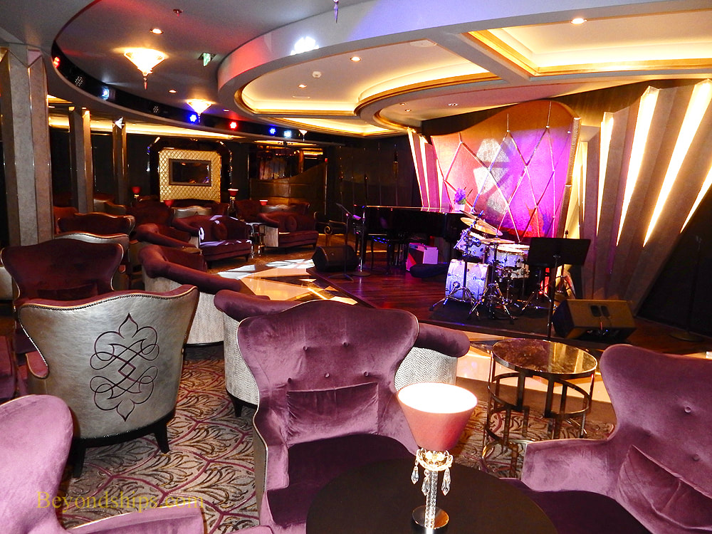 Symphony of the Seas, jazz club