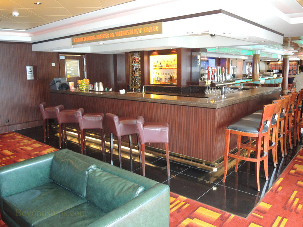 Cruise ship Norwegian Jade, bars and lounges Tankards