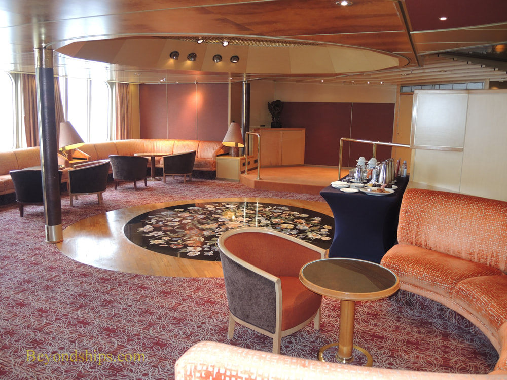 Rotterdam cruise ship Explorers Lounge