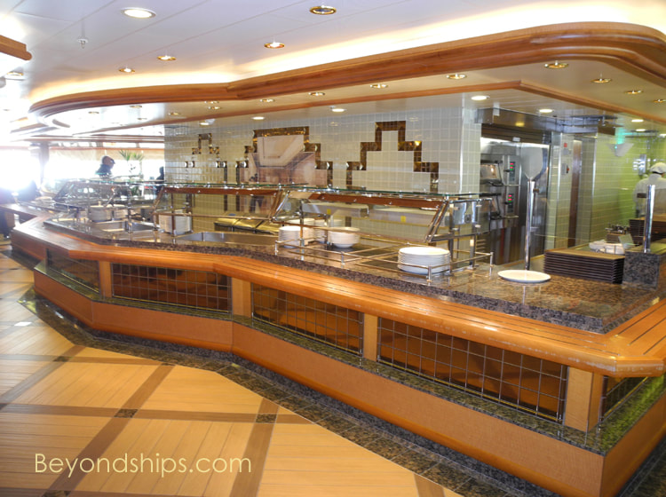 Queen Elizabeth cruise ship, The Lido Restaurant