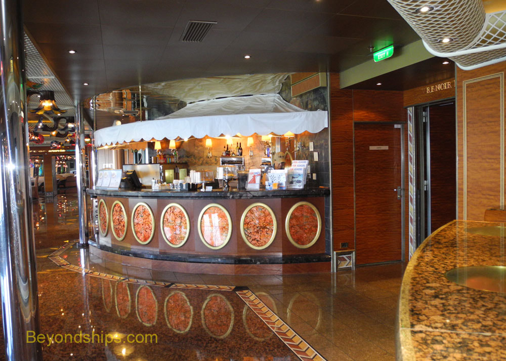 Enchantment of the Seas, casual dining