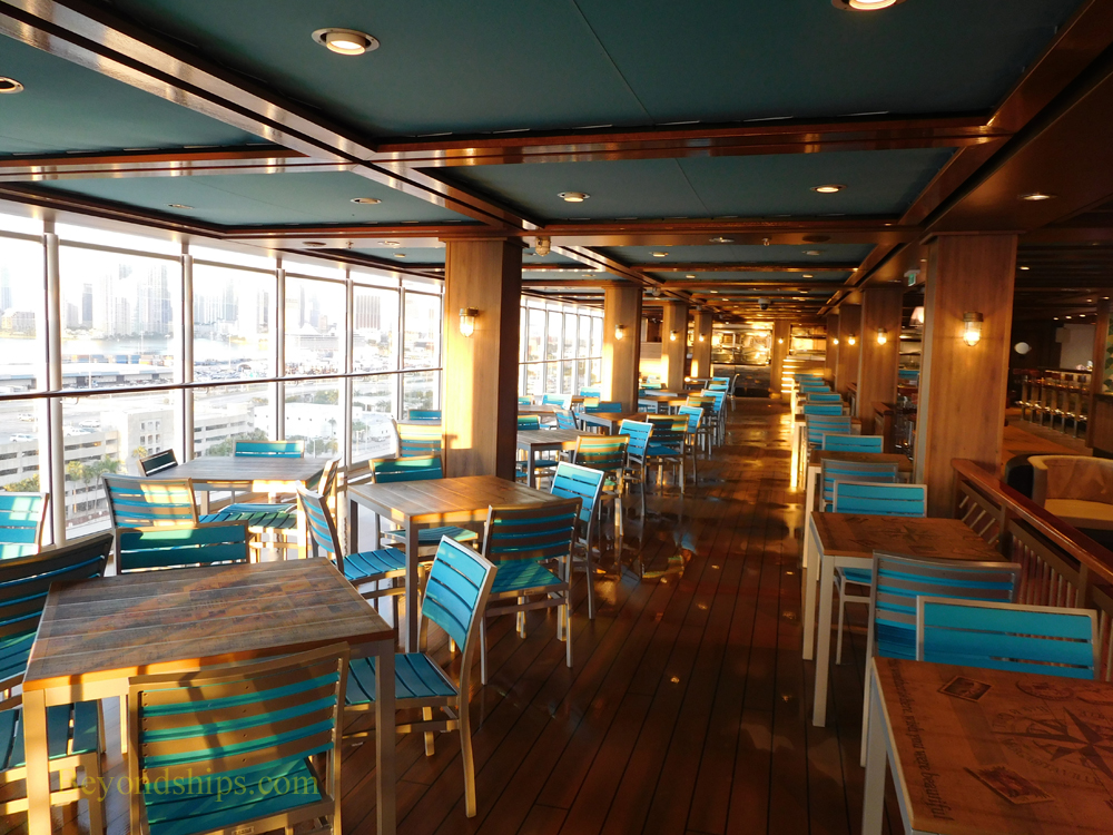 Norwegian Escape, casual dining