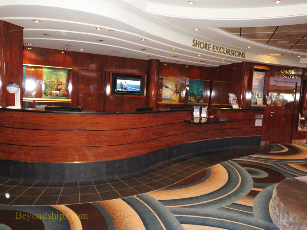 Shore Excursions Desk, Norwegian Gem, cruise ship