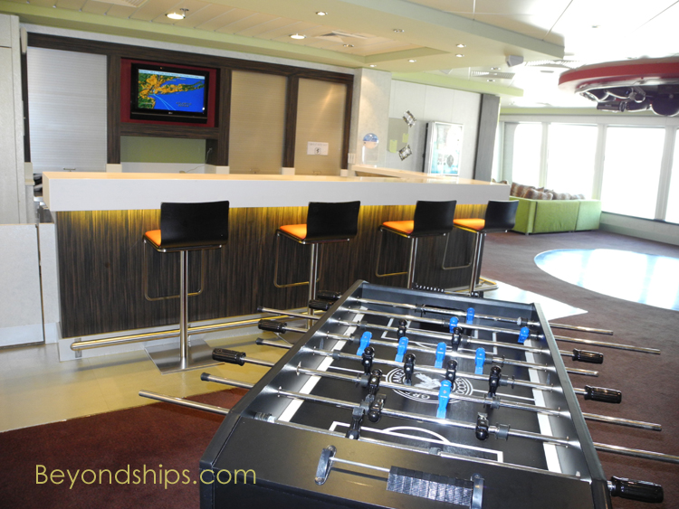 Norwegian Gem, teen lounge